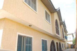 3 bedroom Blocks of Flats House for sale Canal estate Ago palace Okota Lagos