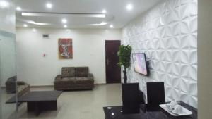 2 bedroom Flat / Apartment for shortlet Samuel Awoniyi Street,Off Salvation Road. Opebi Ikeja Lagos