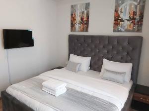 3 bedroom Flat / Apartment for shortlet Eko Peals Towers Eko Atlantic Victoria Island Lagos
