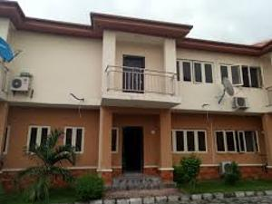 4 bedroom Terraced Duplex House for sale The strert is babs animsshsn street off bodethomas junction central  surulere Bode Thomas Surulere Lagos