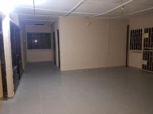 3 bedroom Shared Apartment Flat / Apartment for rent Sam shonibare street Off ogunlana drive  Ogunlana Surulere Lagos