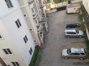 4 bedroom Shared Apartment Flat / Apartment for rent Off herbert macaulay way near yabatech in gra yaba  Sabo Yaba Lagos