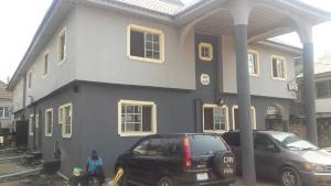 2 bedroom Flat / Apartment for rent Shaki crescent off adekunle kuye just five minutes to adelabu street  Adelabu Surulere Lagos