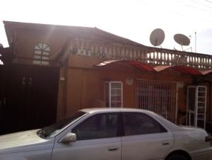 2 bedroom Blocks of Flats House for sale oladapo street Oregun Ikeja Lagos