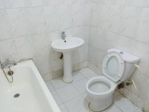 1 bedroom mini flat  Self Contain Flat / Apartment for rent by Four Points Sheraton Victoria Island Lagos