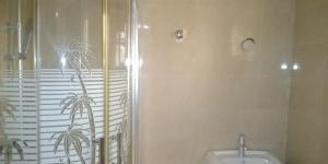 3 bedroom Flat / Apartment for rent Off st finbarrs road akoka close to unilag Akoka Yaba Lagos