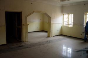 6 bedroom House for sale Folarin Street, Satellite Town Satellite Town Amuwo Odofin Lagos