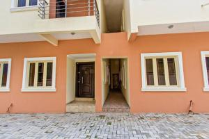 4 bedroom Terraced Duplex House for sale Ogudu  Ogudu GRA Ogudu Lagos