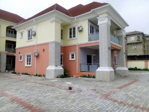 3 bedroom Flat / Apartment for rent along babangana street  Guzape Abuja