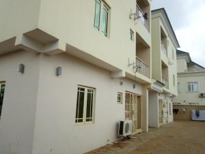 3 bedroom Flat / Apartment for rent Located at the back of American international school Durumi Abuja