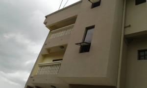 3 bedroom Flat / Apartment for rent olawaye  estate Omole phase 2 Ojodu Lagos - 0