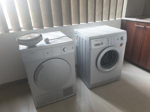 3 bedroom Flat / Apartment for rent lateef Jakande Avenue Old Ikoyi Ikoyi Lagos
