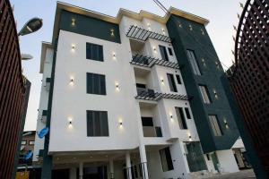3 bedroom Flat / Apartment for sale - Allen Avenue Ikeja Lagos