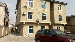 3 bedroom Flat / Apartment for rent Oyadiran Estate,  Sabo Yaba Lagos