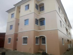 3 bedroom Blocks of Flats House for rent Car wash, Lugbe Lugbe Abuja
