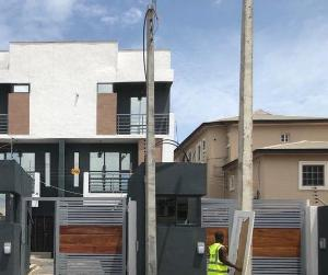 4 bedroom Massionette House for sale - ONIRU Victoria Island Lagos
