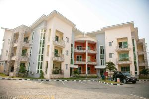 4 bedroom Penthouse Flat / Apartment for rent Lamb court  Banana Island Ikoyi Lagos