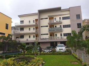 2 bedroom Penthouse Flat / Apartment for sale Off Palace Road. ONIRU Victoria Island Lagos