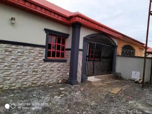 2 bedroom Detached Bungalow House for rent Trademore Estate,Airport Road Lugbe Abuja