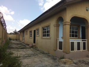3 bedroom Shared Apartment Flat / Apartment for rent Hassan Adegoke street akilapa estate idi ishin extension Apata Ibadan Oyo