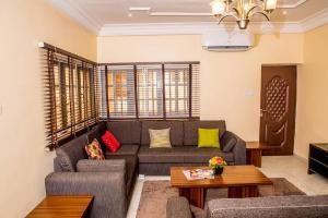 3 bedroom Mini flat Flat / Apartment for shortlet 11,Oke-Agbe street off Ladoke Akintola Boulevard Garki 2 Abuja