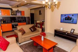 2 bedroom Mini flat Flat / Apartment for shortlet 11,Oke-Agbe street off Ladoke Akintola Boulevard(old cbn) Garki 2 Abuja