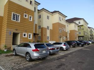 3 bedroom Flat / Apartment for sale Close to American International School Durumi Abuja