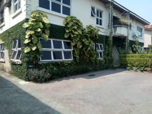 3 bedroom Flat / Apartment for rent .  Lekki Phase 1 Lekki Lagos