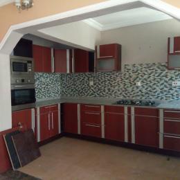 3 bedroom Penthouse Flat / Apartment
