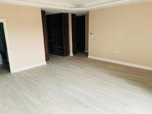 3 bedroom Flat / Apartment for sale Off Alexander road Ikoyi Lagos
