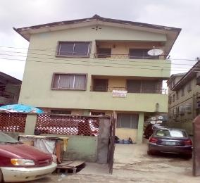 3 bedroom Flat / Apartment for sale Kayode Street Ilupeju Lagos
