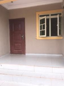 1 bedroom mini flat  Flat / Apartment for rent 1, Dan Oje Street, off Airport Road, Evbuodia Qtrs, (a 5 minutes drive from the Ogba Zoo) Oredo Edo