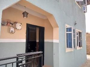 Blocks of Flats House for rent Gospel, Barack road. Ojoo. Ojoo Ibadan Oyo