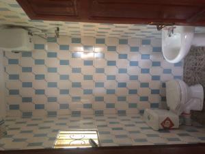 3 bedroom Flat / Apartment for rent Octane Filling Station Off Akala Expressway  Ibadan Oyo