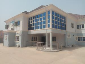 3 bedroom Block of Flat for rent To let newly built 3 bedroom flat Durumi Abuja