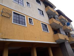 3 bedroom Flat / Apartment for rent Abeokuta street Adekunle Yaba Lagos