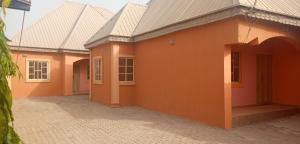 2 bedroom Shared Apartment Flat / Apartment for rent Aguwa,near Makarfi Estate,Trikania new extension Kaduna South Kaduna