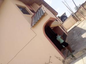 3 bedroom Shared Apartment Flat / Apartment for rent Off winner's way  Basorun Ibadan Oyo