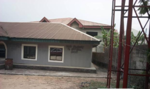 2 bedroom Flat / Apartment for sale Spring road Calabar Cross River