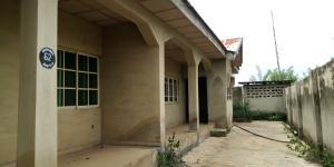 3 bedroom Semi Detached Bungalow House for sale Apete area Ibadan polytechnic/ University of Ibadan Ibadan Oyo