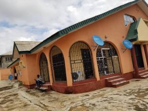 4 bedroom Blocks of Flats House for sale Bankole  Akala Express Ibadan Oyo