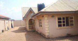 4 bedroom Flat / Apartment for sale  Allahu Samad street after Gbopa bus stop,  Ologuneru, Ibadan Afijio Oyo