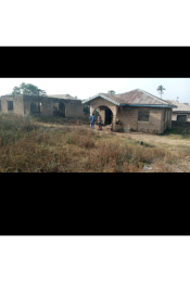 Detached Bungalow House for sale Behind Mistilo Apartments Ataoja estate osogbo Osogbo Osun
