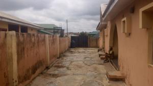 3 bedroom Self Contain Flat / Apartment for sale kulodi estate new ife road  Alakia Ibadan Oyo