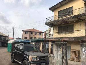 1 bedroom mini flat  House for sale Off Lawanson road Lawanson Surulere Lagos