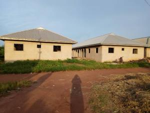 10 bedroom Detached Bungalow House for sale Aibangbe Street, Evbotubu Quaters, Benin City  Oredo Edo