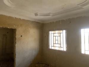 4 bedroom Flat / Apartment for sale narayi high cost ,kaduna. Kaduna South Kaduna
