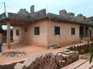 3 bedroom House for sale Osayewenre Street, Off Siloko Road, Benin City Oredo Edo