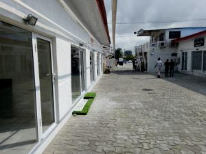 Shop Commercial Property
