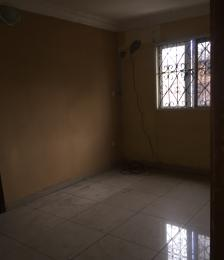 2 bedroom Blocks of Flats House for rent Close to chemist bus stop  Akoka Yaba Lagos
